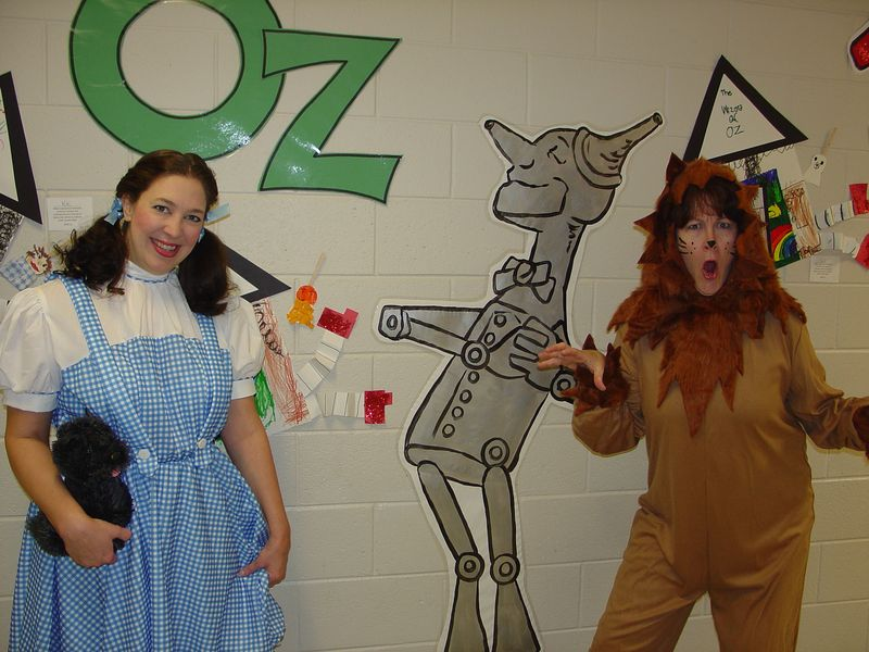 Wizard of oz Lydia and Mary 003